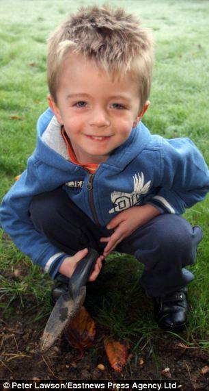 трехлетний Джеймс Хайятт