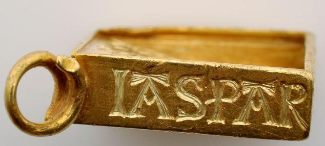 Мальчик нашел клад стоимостью в 2,5 млн фунтов