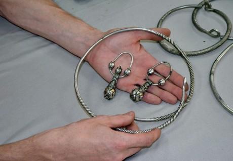 Клад серебряных украшений 10-12 вв