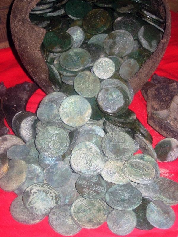 Большая подборка кладов медных монет :: находки кладов.