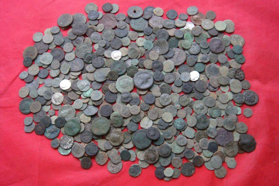 Огромная подборка кладов римских монет :: находки кладов.