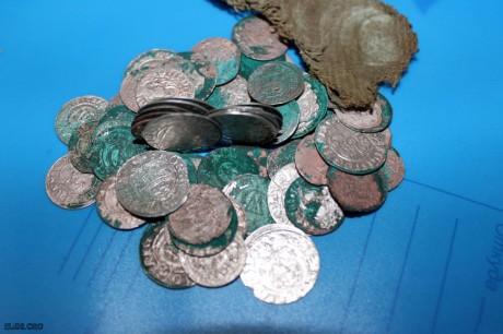 Клад монет 17 века