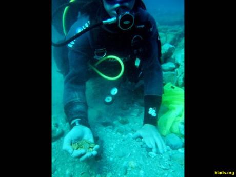 Израильские дайверы нашли огромный клад золотых монет