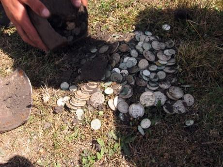 Клад серебряных монет