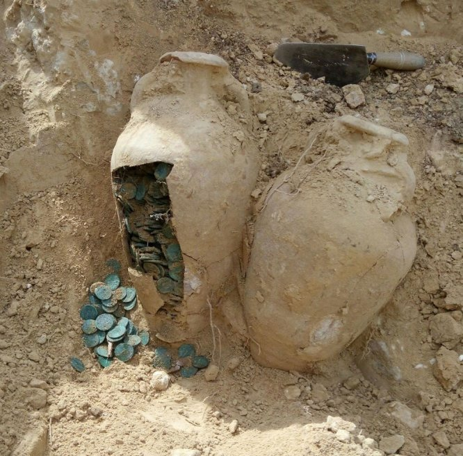Супер клад в 600 кг римских монет