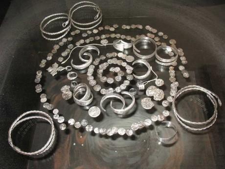 Интересный клад серебра (депозит) IX-XIII веков