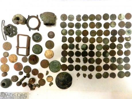 Кошель бедняка серебряных монет и сопутка