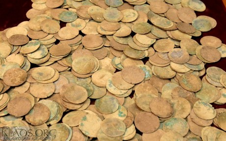 Клад пражских грошей из леса в горшке